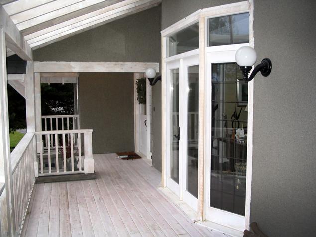 Victorian Renovation Side Deck - 1