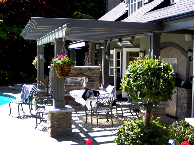 Outdoor Dining Area - Side View