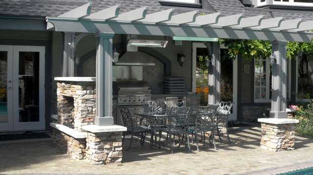 Outdoor Dining Area - Front View
